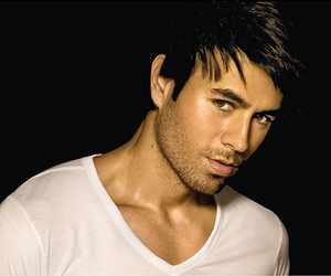 enrique iglesias and Hot image