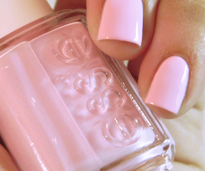 beautiful, nails, and essie image