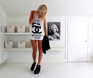 girl, chanel, and blonde image