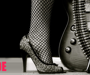 black and white, guitarra, and shoes image
