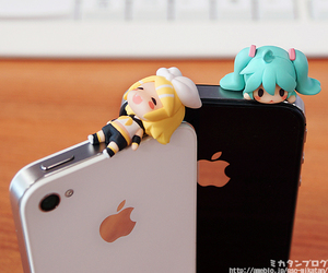 cute, vocaloid, and iphone image