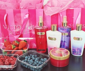 berries, blueberries, and body lotion image