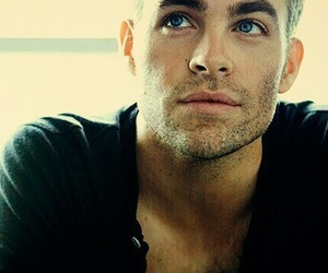 beauty, blonde, and chris pine image