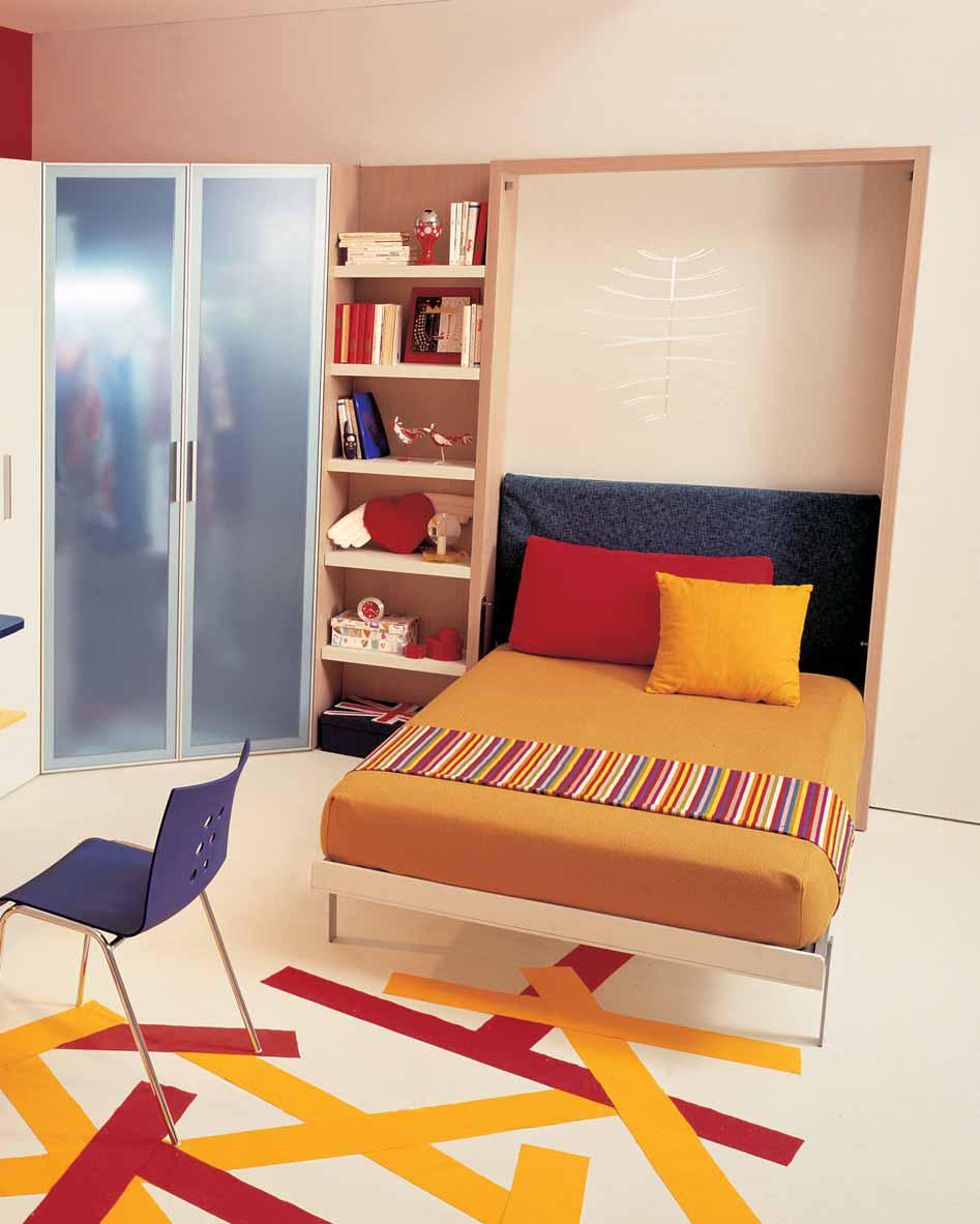 Teen Bedroom Decorating Ideas with Workspace on We Heart It