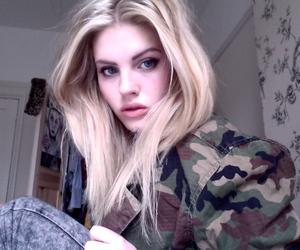acid, blonde, and alternative girls image