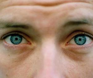coldplay, Chris Martin, and eyes image