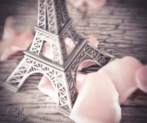 eiffel tower, pretty, and girly image