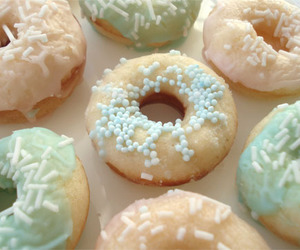 donuts, food, and pastel image