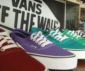 colorido, vans, and off the wall image