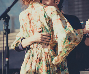 florence welch, the maccabees, and orlando weeks image