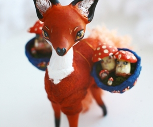 fox and sculpture image