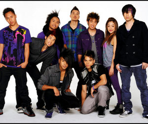 d-trix, quest, and quest crew image