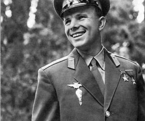 russia, space, and gagarin image