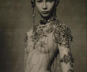 beautiful, body art, and jewelry image