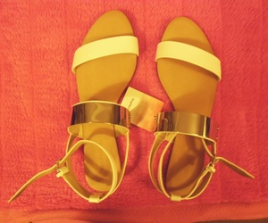 sandals and Zara image