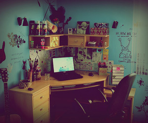 desk and room image