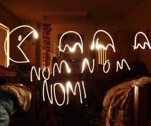 light, nom nom nom, and pacman image