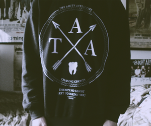 the amity affliction, sweater, and band image