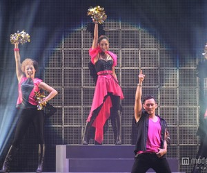 performance and namie amuro image