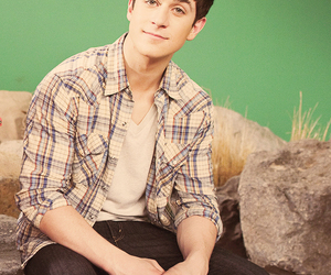 david henrie, justin russo, and wowp image