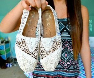 shoes, toms, and tumblr image
