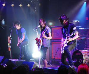 pierce the veil, ptv, and the pretty reckless image