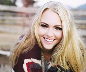 Annasophia Robb, blonde, and smile image
