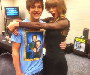 Taylor Swift, redtour, and austin mahone image