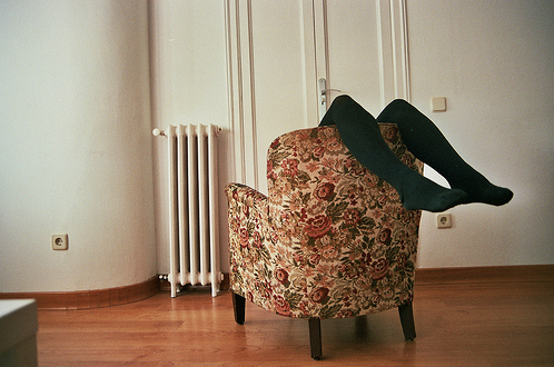 legs, vintage, and chair image