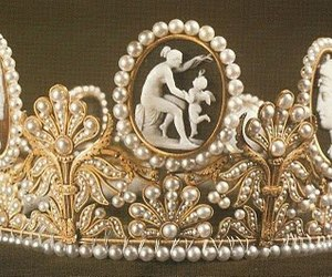 beautiful and crown image