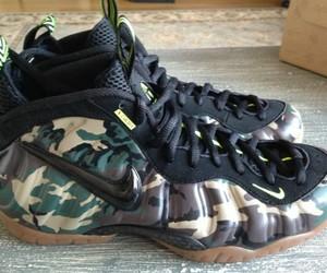 nike, sneaker head, and nike air foamposite image