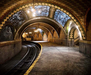 new york, subway, and abandoned image