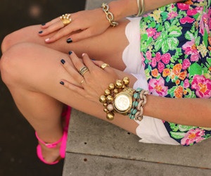 accessorise, bijoux, and flowers image