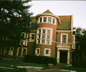 american horror story, house, and vintage image