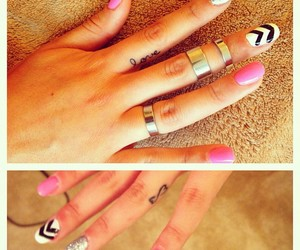 nails and fingers image