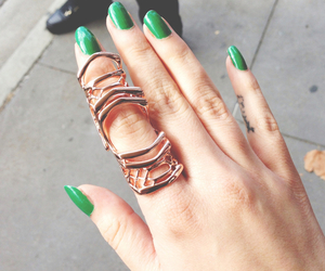 jewlery and ring image