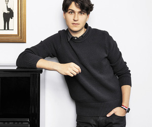 ezra, Ezra Koenig, and vampire weekend image