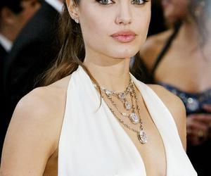 Angelina Jolie, beauty, and fashion image