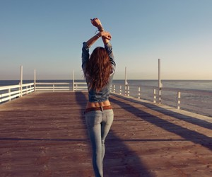 girl, jeans, and summer image