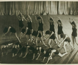 1910s, modern dance, and united states image