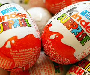 chocolate, kinder, and kinder surprise image