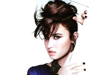 demi lovato, demi, and heart attack image