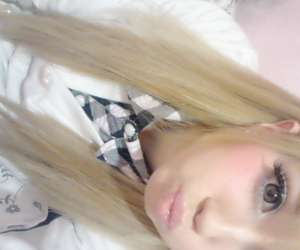 asian, blonde, and gyaru image