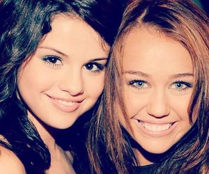miley cyrus and selena gomez image