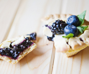 food, pie, and blueberry image