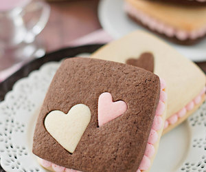 buttercream, neapolitan, and chocolate image