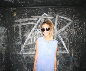 girl, blonde, and cool image