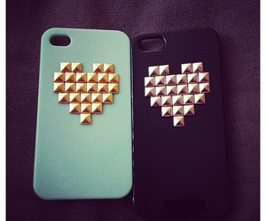 case, iphone, and spiked image