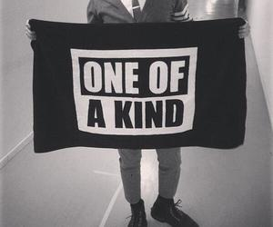 gdragon and oneofakind image