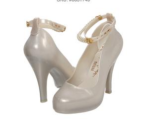fashion, high heels, and pumps image